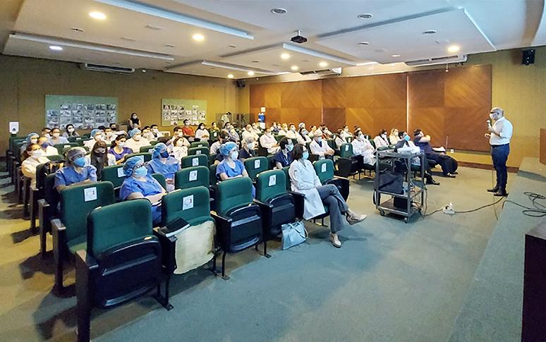 Hospital de Messejana recebe capacetes Elmo para tratamento de pacientes  com Covid-19 - Secretaria da Saúde